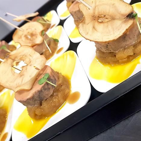 Mise en bouche de foie gras et chutney aux pommes